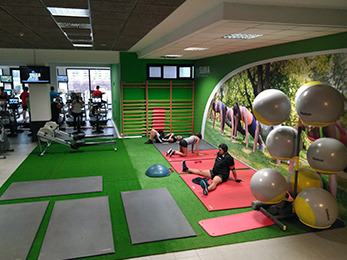 Gimnasio valencia alboraya zona estiramientos sala fitness musculacion peso libre suma patacona - Piscina cubierta alboraya ...